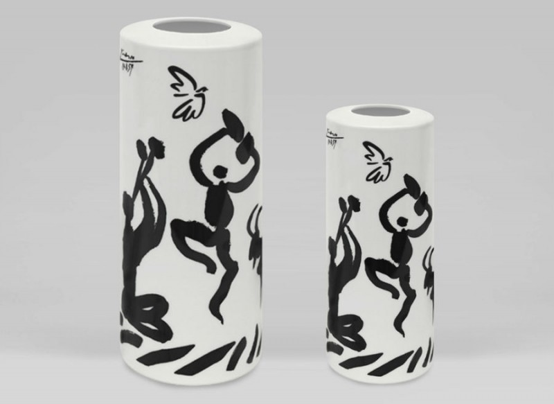 Marc de ladoucette porcelain luxury luxe vase picasso drawing dancers