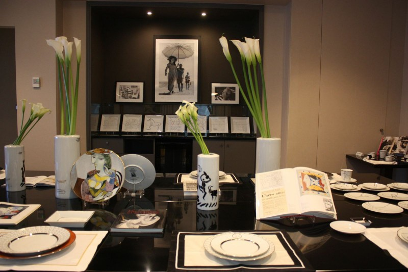 porcelain picasso scenography hotel sofitel parisian atmosphere art de la table paris france marc de ladoucette