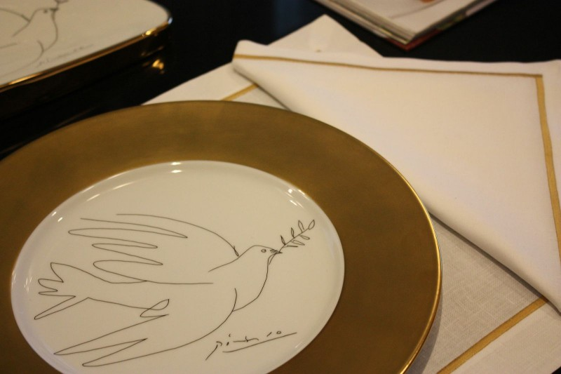 Porcelain picasso plate dove gold golden luxe luxury drawing black and white marc de ladoucette