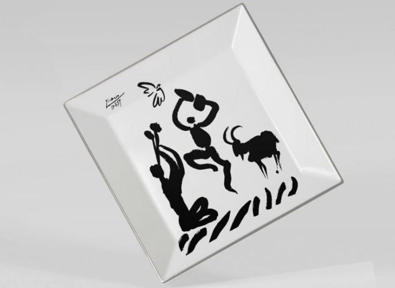 Assiette picasso carrée luxe noir et blanc dessin porcelaine paris parisien