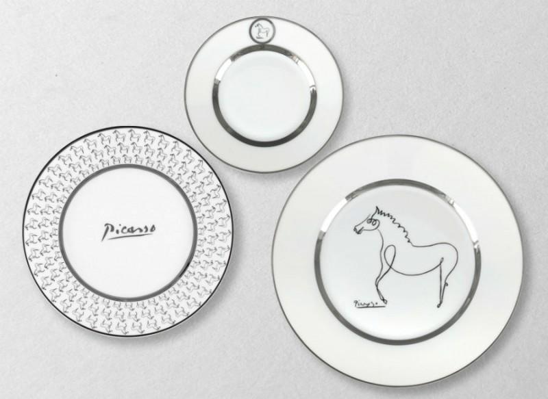 Marc de ladoucette porcelaine assiettes paris picasso service blanc cheval luxe art de la table