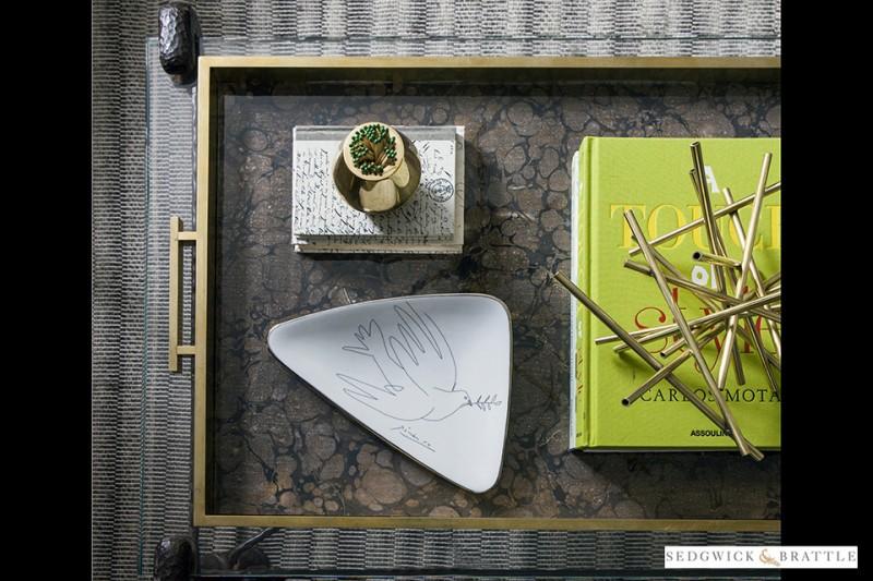 vide poche colombe porcelaine paris parisien picasso scenographie marc de ladoucette